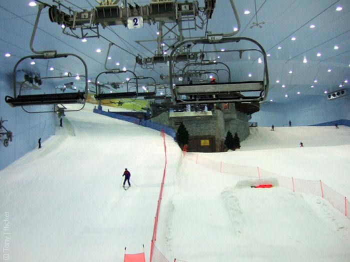 Dybai-MAll-ski-slopes_Tony_flicker