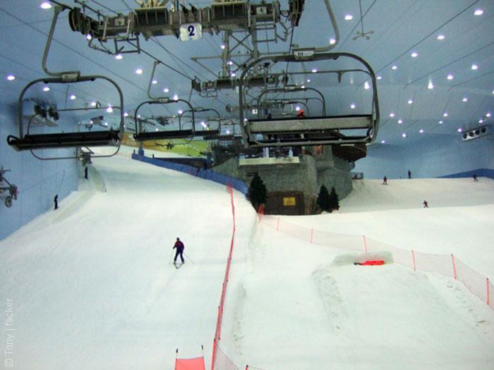 Dybai-MAll-ski-slopes_Tony_flicker