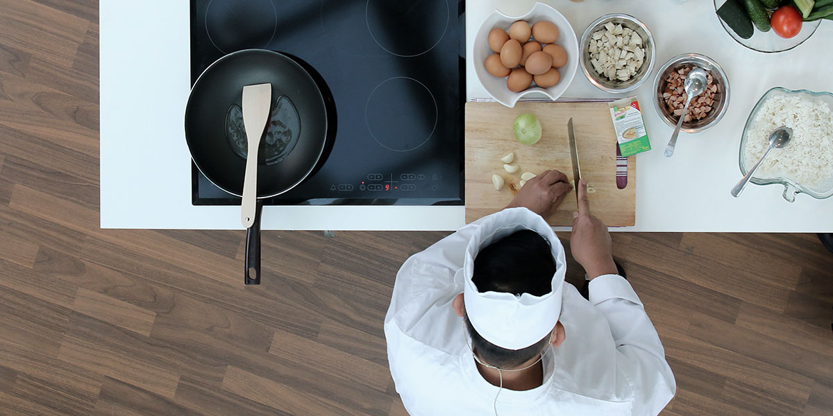 طبلية الفقير وسفرة الأغنياء: الطبقية في برامج الطهو
