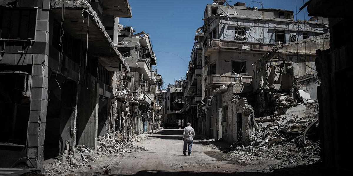 شهادة من قلب حيّ الوعر المحاصر... كان يمكن أن تكون سوريا أجمل