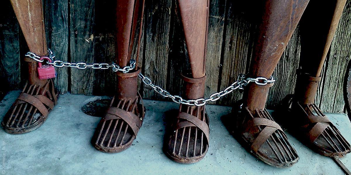 العبودية المعاصرة في العالم العربي: تفاصيل وأرقام