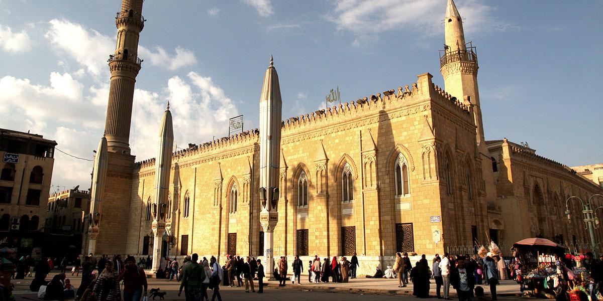 جولة على آثار الرسول في مساجد القاهرة