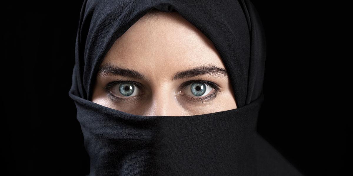 صيبة العين بعيون عربية كحيلة