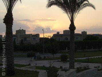 كمباوندات القاهرة... مشاريع سكنية تعزل الأغنياء عن الفقراء