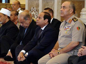 هل يعمل الأزهر في خدمة رؤساء مصر وينسى المواطنين؟