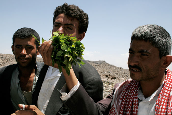 Yemen,-Men-with-qat_fiat