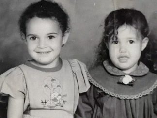 يمنية بريطانية اختطفت قبل 32 عاماً تستعد للعودة إلى حضن أمها