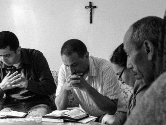 المغاربة المسيحيون... من ممارسة طقوسهم بسرية إلى المطالبة باعتراف الدولة