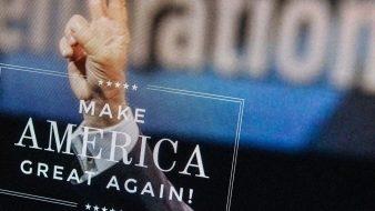 تقرير: مواقع التواصل الاجتماعي الروسية حشدت الملايين لصالح حملة ترامب