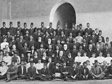 صراع على النفوذ استتر بالمذهبية... مدارس الإرساليات المسيحية في مصر