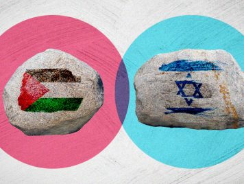 هآرتس: عقوبة شديدة على مُلقي الحجارة الفلسطينيين فماذا عن اليهود ملقي الحجارة؟
