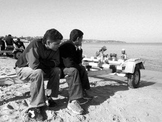 ثماني سنوات على الثورة... شباب يخاطرون بحياتهم في عرض البحر أو يفضّلون الموت على العيش في تونس