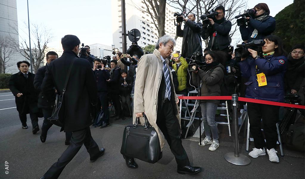 """كارلوس غصن يقيل محاميه ويعلن أنه سيدافع عن نفسه بقوة..""""براءتي في الطريق"""""""