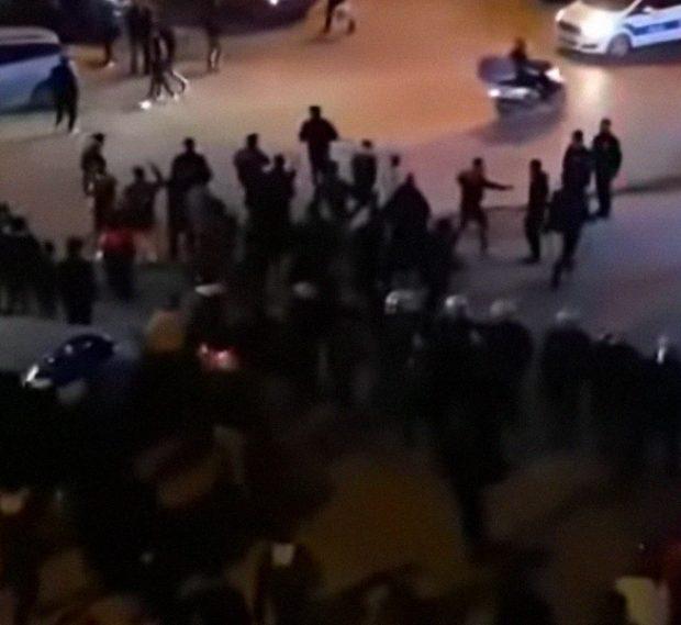 اشتباكات بالعصى والسكاكين بين أتراك وسوريين في إسطنبول