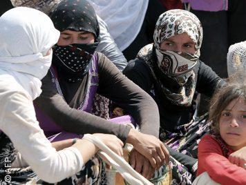 داعش أجبر الأيزيديات على مشاهدة فيديوهات ذبح حتى لا يعدن إلى أهاليهن