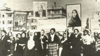 المرأة العربيّة في 100 عام: من قضية تحرر وطني إلى جدل فقهي